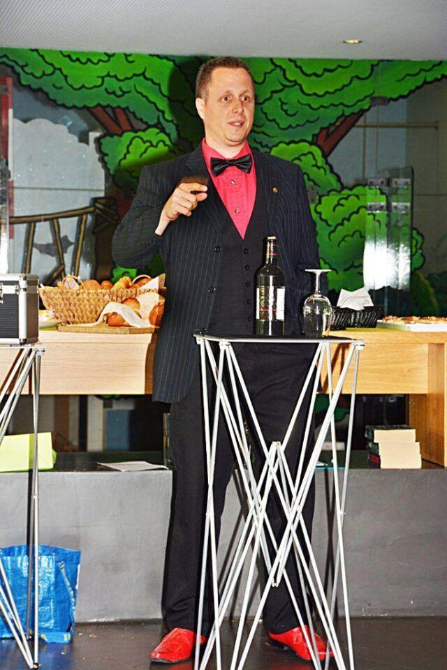 Roger Zeller auf der Bühne
